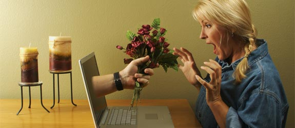 [Image: online-dating-flowers.jpg]