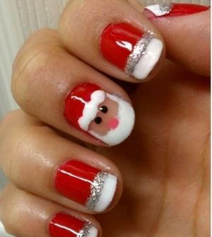 Mikulást a körmökre! Karácsonyi körömdivat és körömépítési tippek