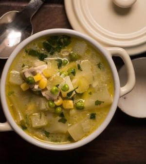 Csirkés-zöldséges krumplileves