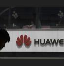 Litvánia szabadulna a kínai telefonoktól